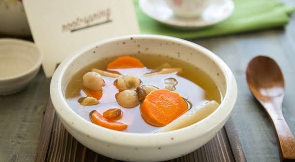 Ini Dia Rahasia Panjang Usia dariSemangkuk Sup Herba Cina